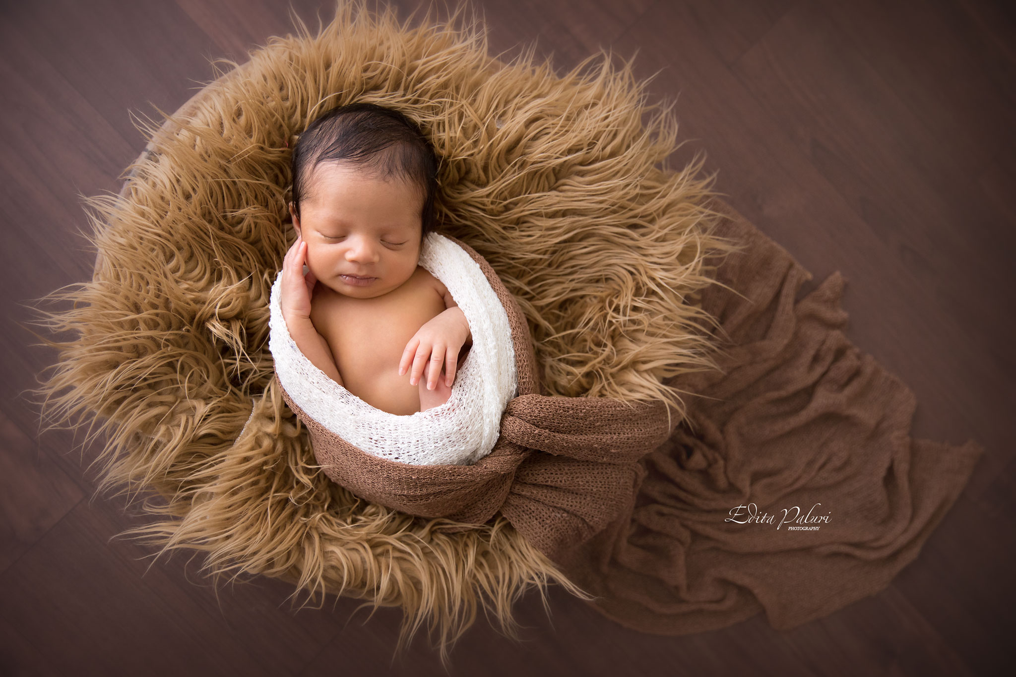 Newborn photo shoot in Pune