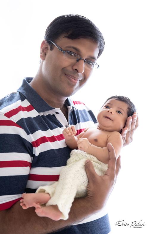 Newborn photographer in Pune
