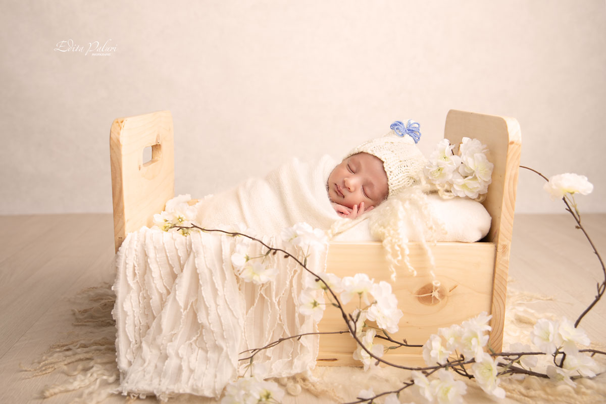 newborn photo shoot Pune