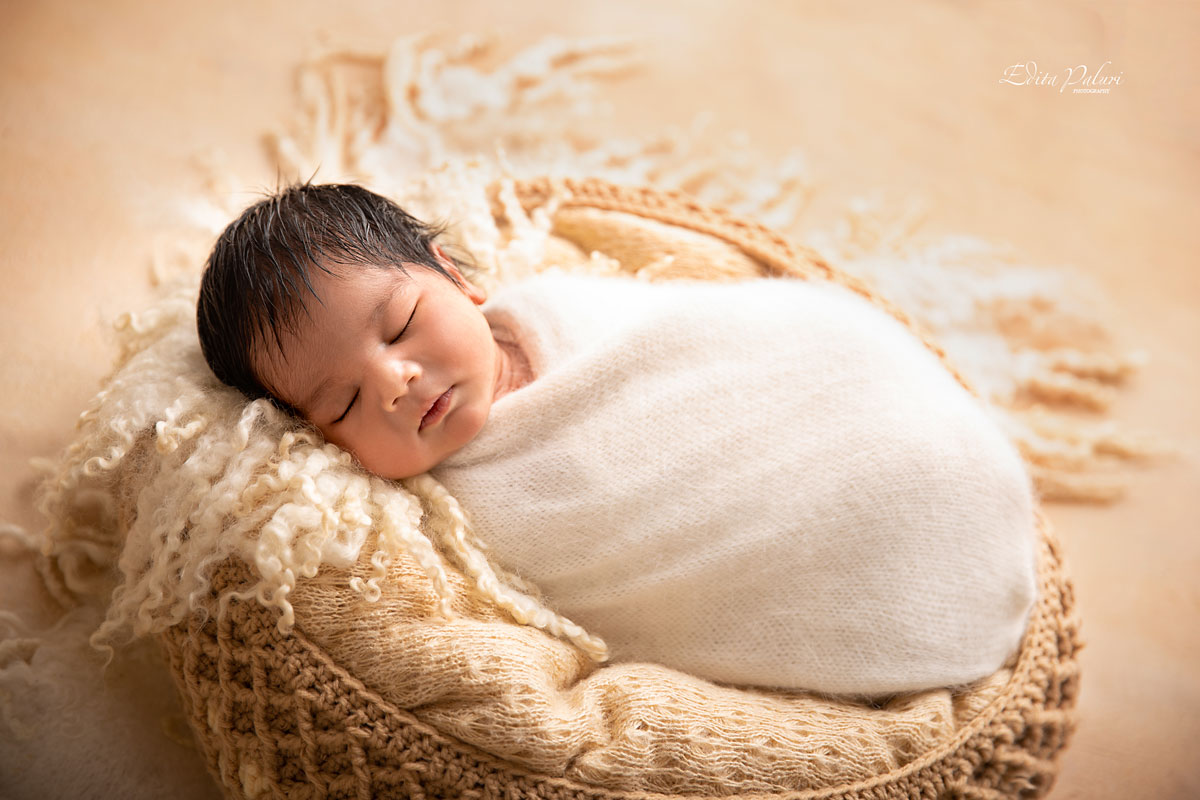 Newborn photo studio in Pune