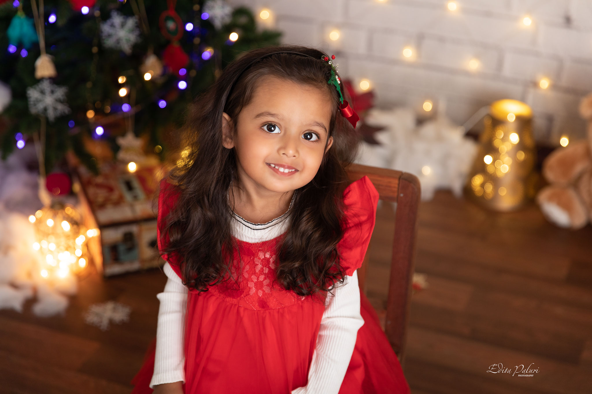 Girl christmas picture india