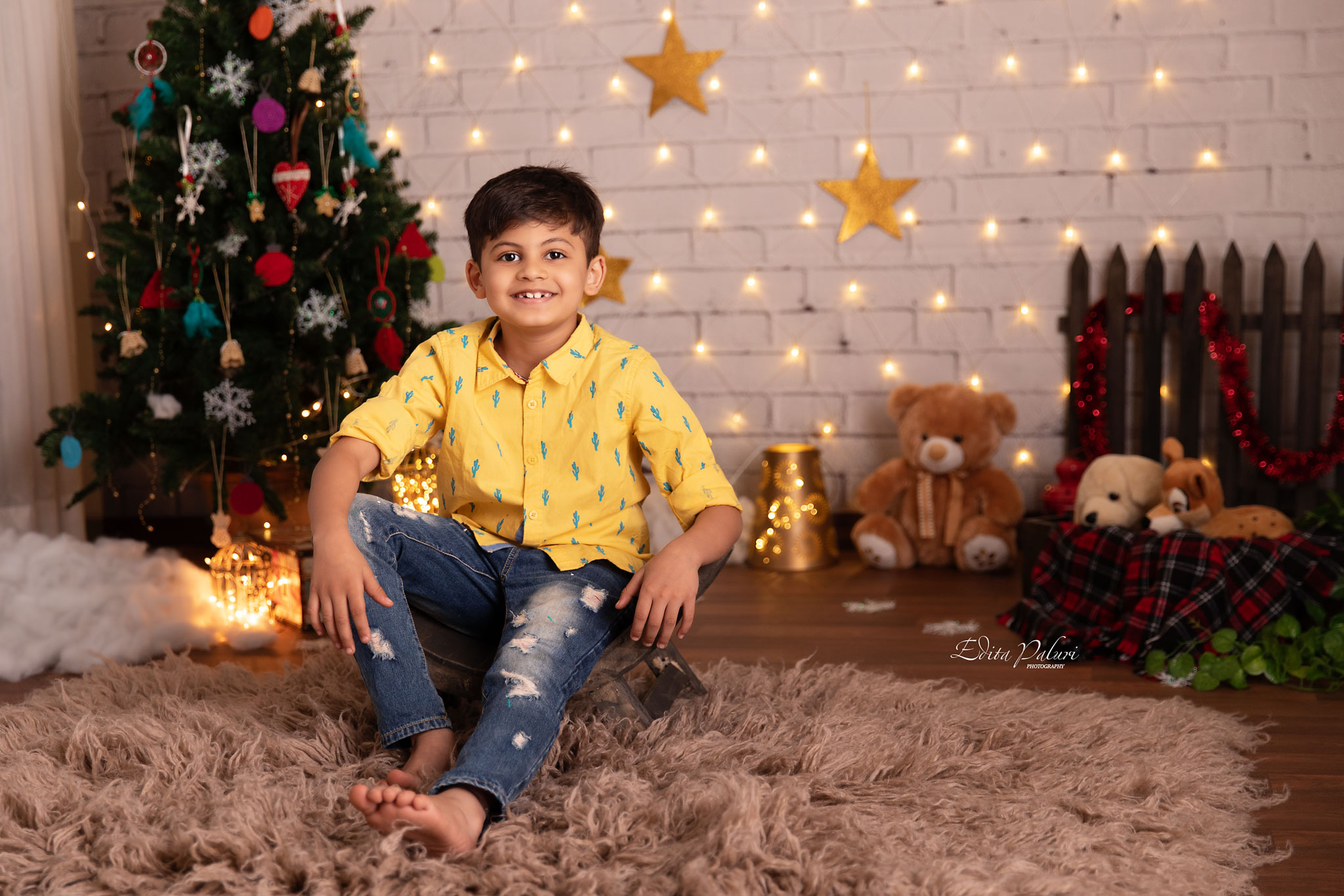 Kids photo shoot Christmas Pune