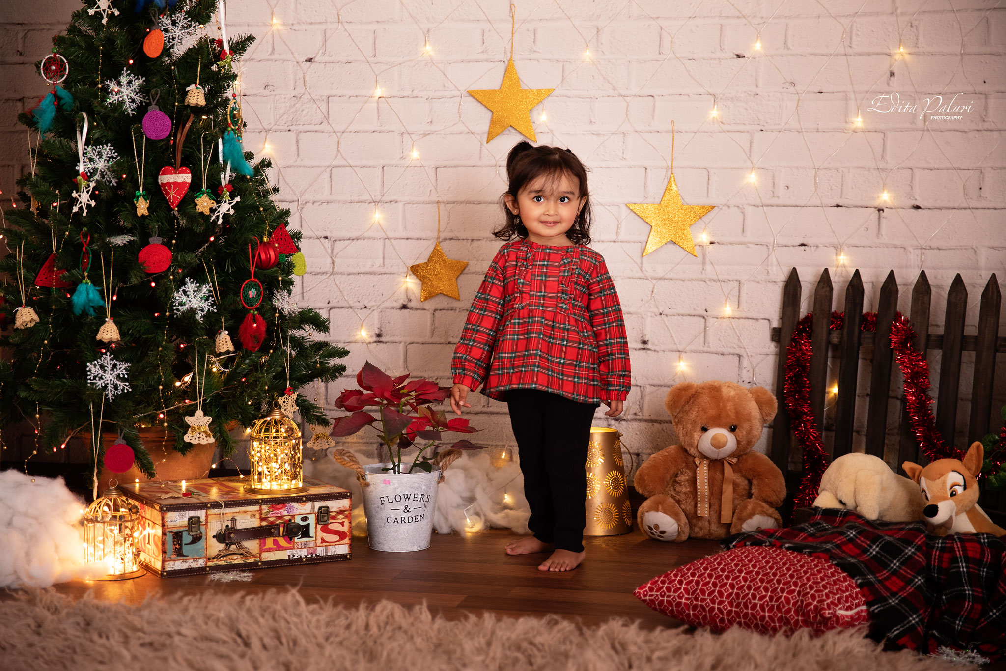 Toddler photo shoot Christmas Pune