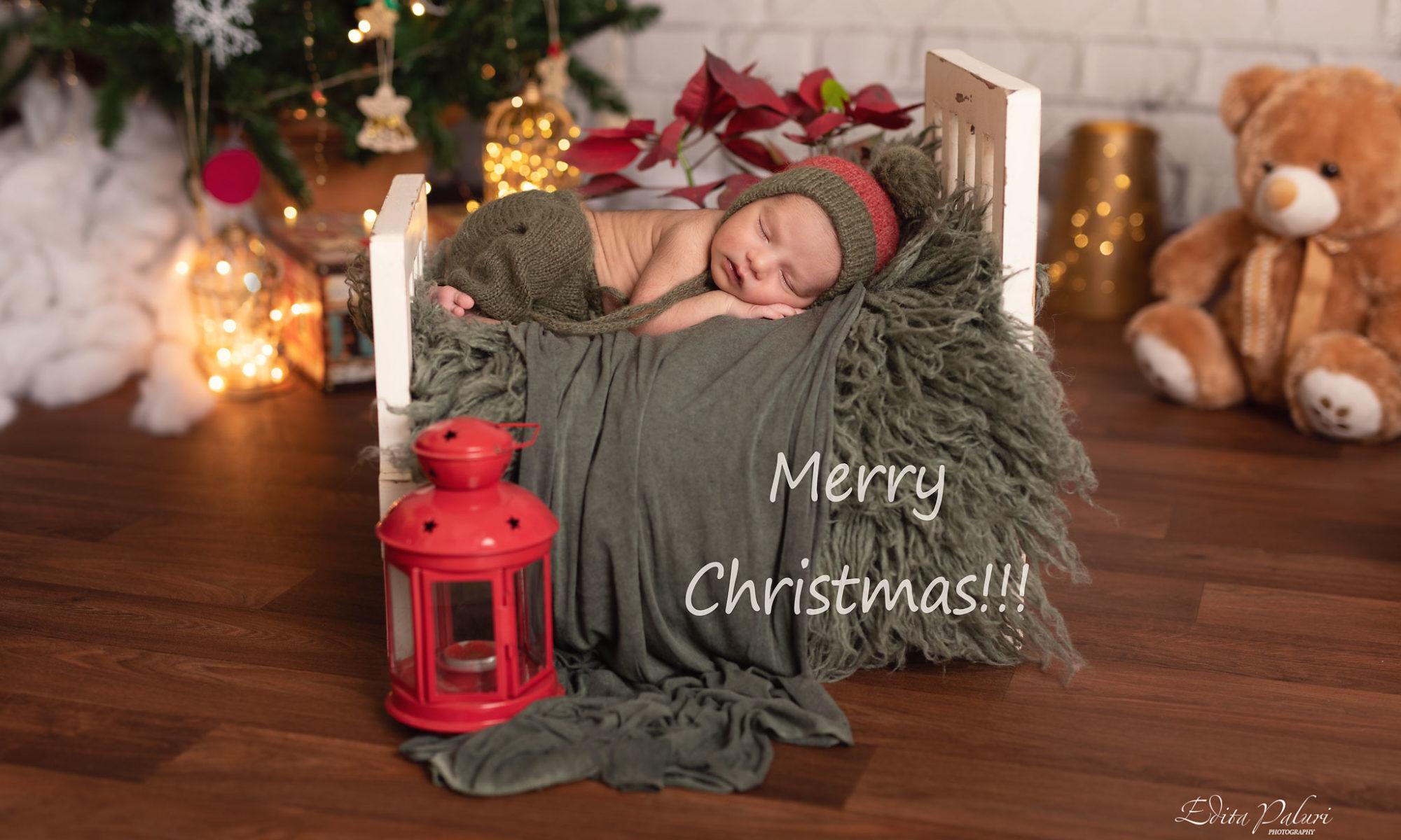 newborn photo shoot Christmas Pune