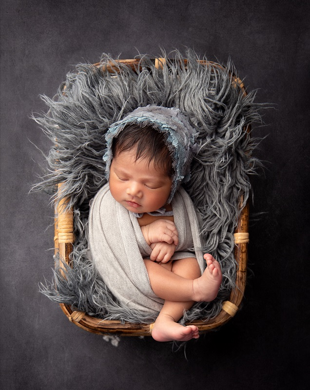 10_Newborn_photographer_Pune_Edita_photography004