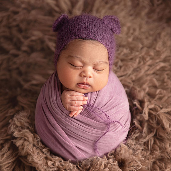 Potato sack newborn girl 6 days