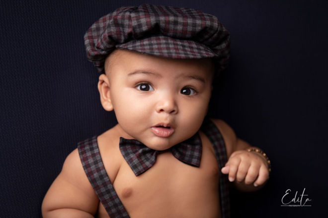 5 month baby boy with hat photo shoot in Pune