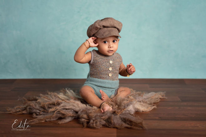 9 month indian baby boy with hat photo shoot in Pune