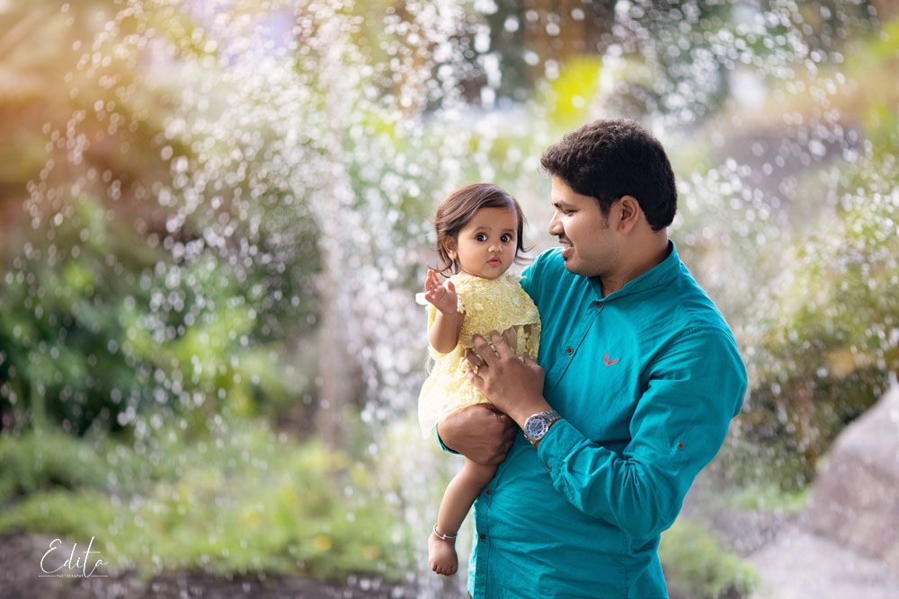 Father and baby girl photo shoot in Pune
