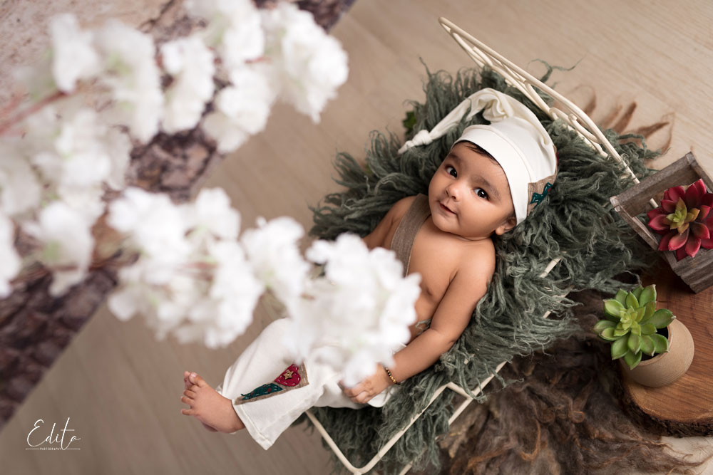 4 month indian baby boy photo