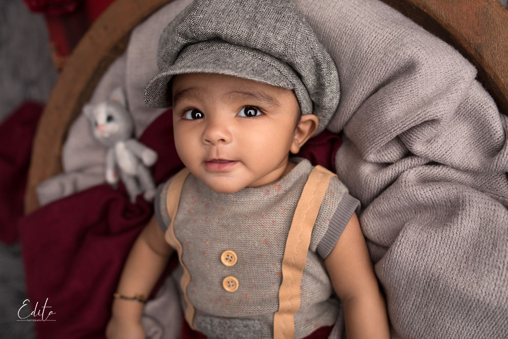 4 month baby boy gentleman with hat