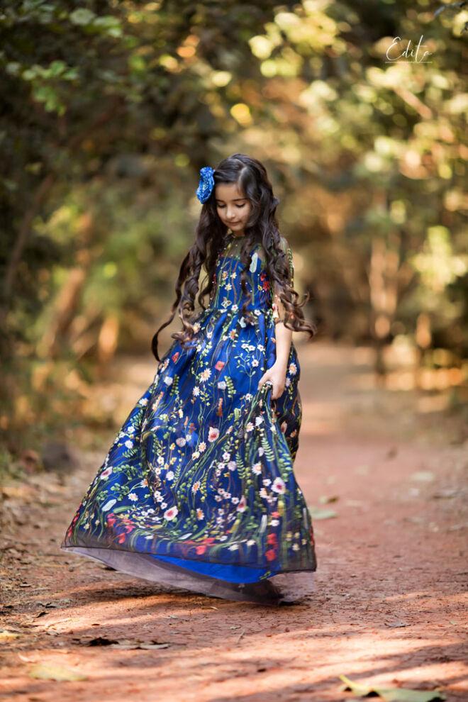Children photo shoot in Pune, 9 year old girl pre-birthday photos