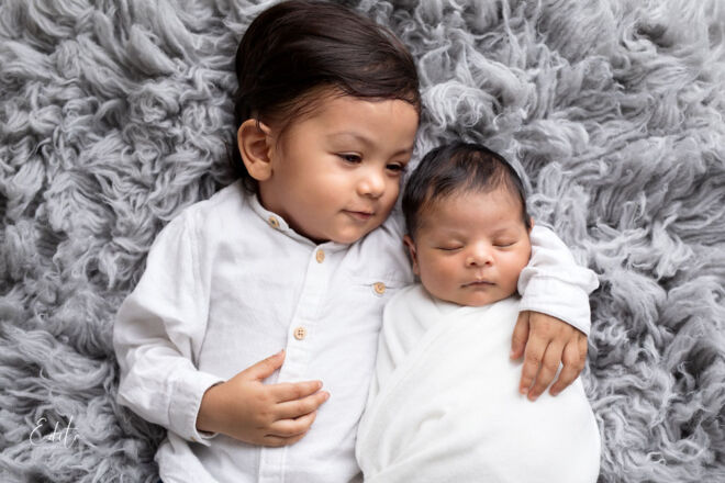 Siblings brothers photo in Pune