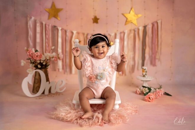 1 year indian baby girl photo in Pune by Edita Photography