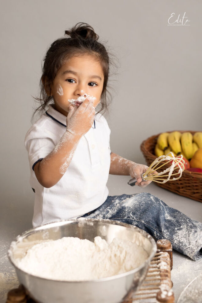 Toddler chef cook photography session in Pune
