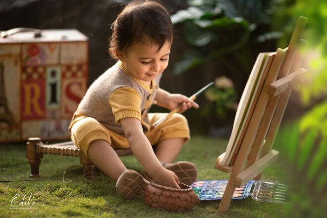 Painter toddler boy photo shoot in Pune